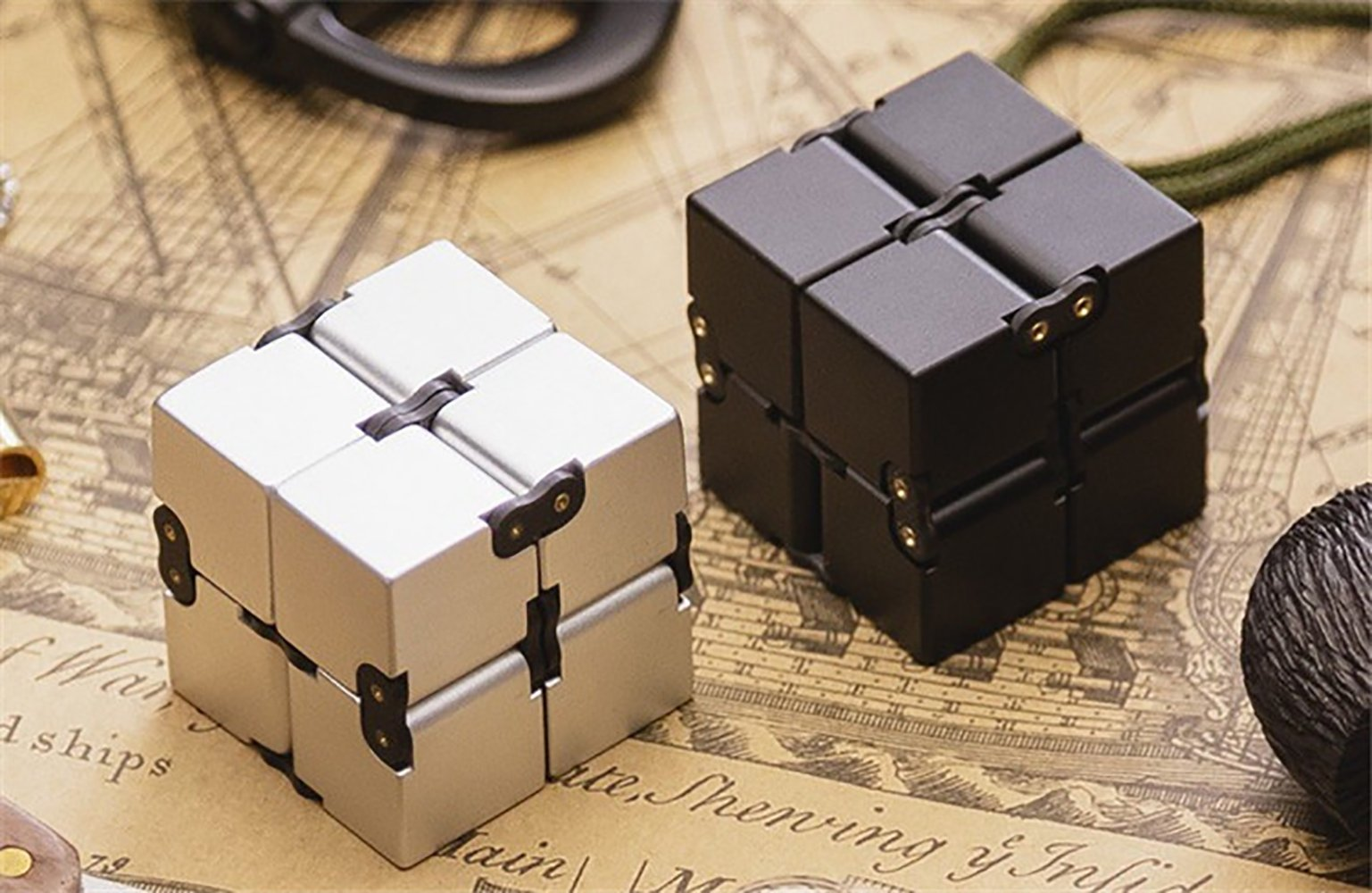 JEYKAY 2018 New Aluminium Alloy Infinity 17 Col Fidget Cube Infinity Cube,Fidget Cube for Stress and Anxiety Relief/ADHD,Ultra Durable (Sliver New) by JEYKAY (Image #3)