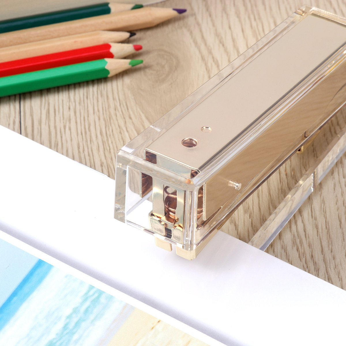 TOYMYTOY Acrylic Clear Desktop Staplers,Classic Desk Staplers for Office, School Use (Gold) by TOYMYTOY (Image #4)