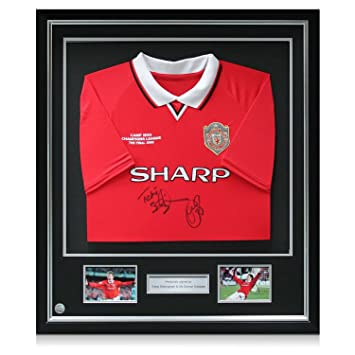 Deluxe Framed Teddy Sheringham   Ole Gunnar Solskjaer Signed 1999  Manchester United Champions League Shirt with 4331d8eee