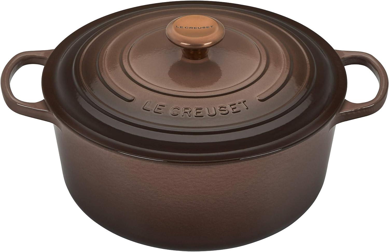 Le Creuset Signature Round Cast-iron Dutch Oven - (7.25 QT) Truffle