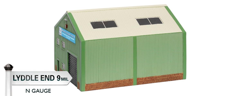 Hornby N8770 N-Gauge Modern Industrial building Lyddle End