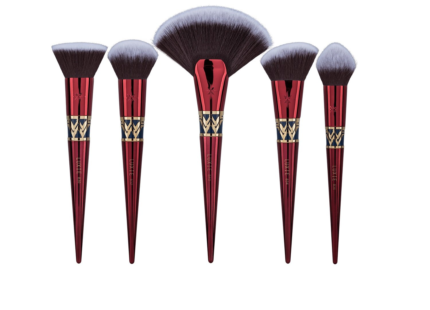 Luxie Beauty - Officially Licensed Wonder Woman 5 Piece Brush Set & Mirror Compact by LUXIE (Image #2)