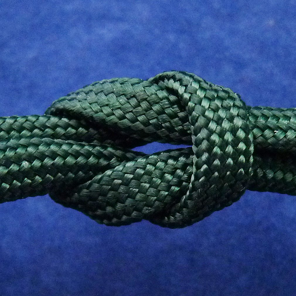 Paracord Deep Emerald Green 100 ft. Hank, 7 Internal Strands, 550 Lb. Break Strength.  Military Survival Parachute Cord for Bracelets & Projects.  Guaranteed Made In US.  Includes 2 eBooks. by Dakota Gear (TM) (Image #9)