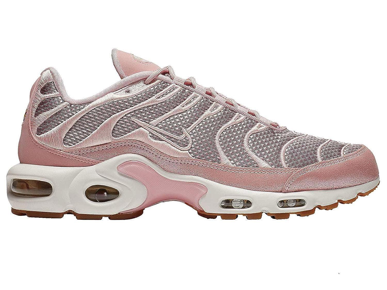 big sale ca397 13928 Amazon.com   Nike Air Max Plus - Women s Sheen Metallic Gold Summit White  Nylon Running Shoes 10 B(M) US   Shoes
