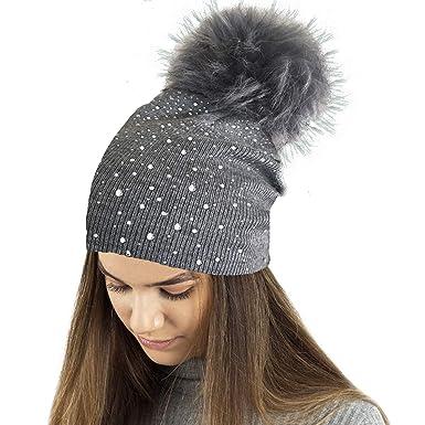 0b611c130a1 TOSKATOK® Ladies Fine Knit Winter Beanie hat with Diamante Glitter Applique and  Large Faux Fur Pompom-Charcoal  Amazon.co.uk  Clothing