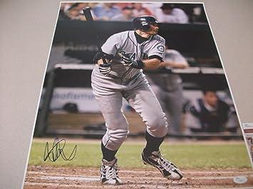 268f81d3d Ichiro Suzuki Autographed Signature 16x20 Action Photo Seattle Mariners -  JSA Certified