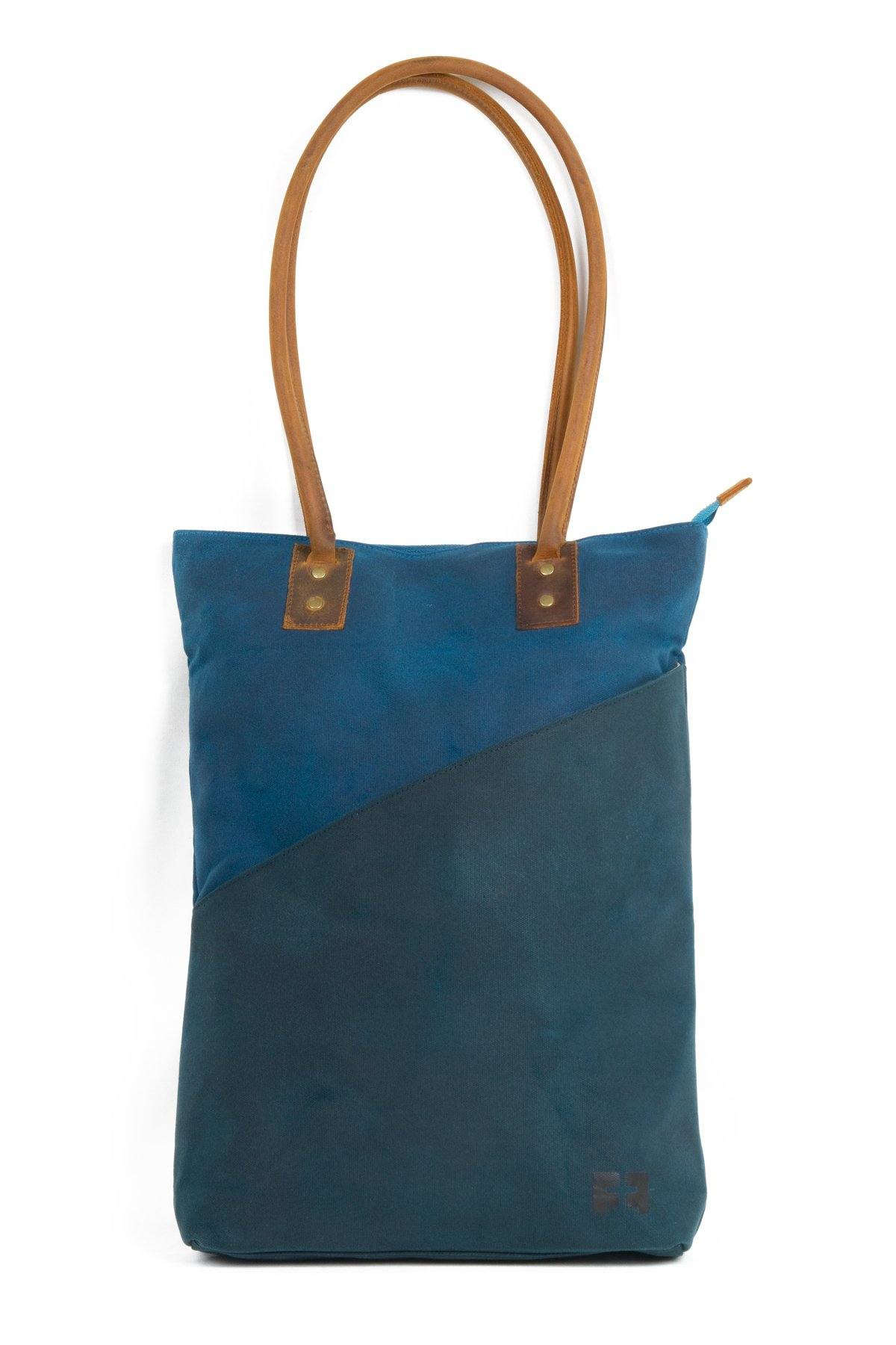 the JOPLIN TALL TOTE by FAT FELT (Rain) by FAT FELT