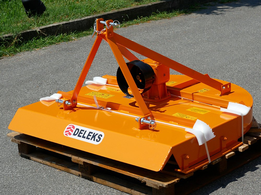 Plato para tractor cortacésped tipo Kubota, Pascua, Ferrari ...