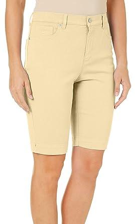 2f374d1c61 Amazon.com: GLORIA VANDERBILT Petite Women's Stud Detail Pocket Amanda  Elysee Bermuda Shorts: Clothing