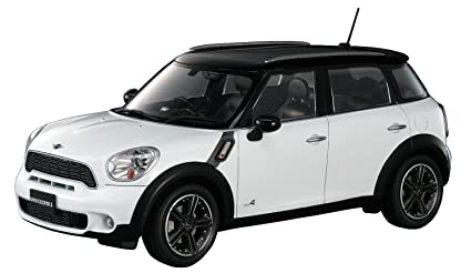 Buy Hasegawa 124 Mini Cooper Countryman All4 Online At Low Prices