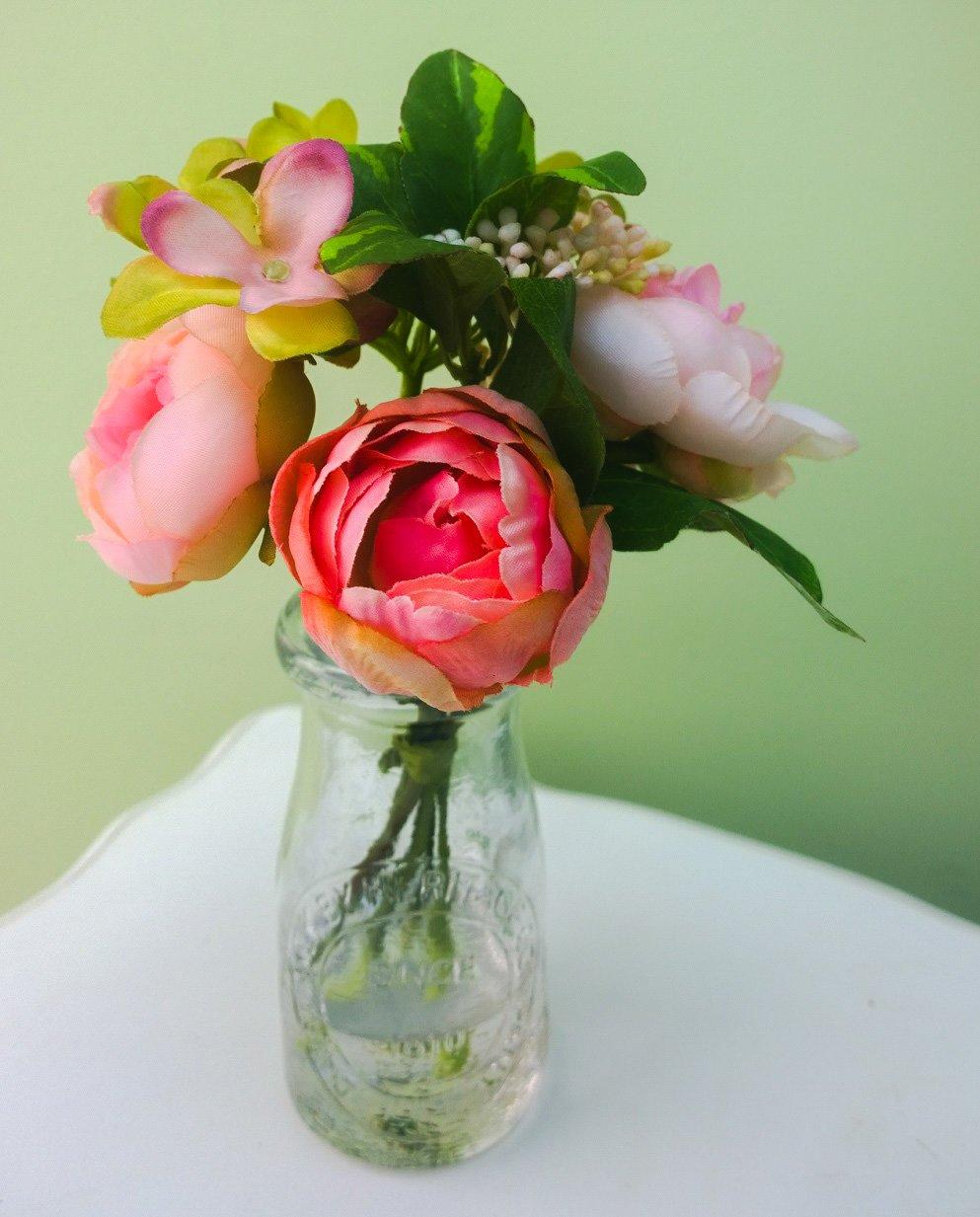 Pálido rosa rosa peonía flores artificiales en estilo vintage en relieve botella de leche 22 cm: Amazon.es: Hogar