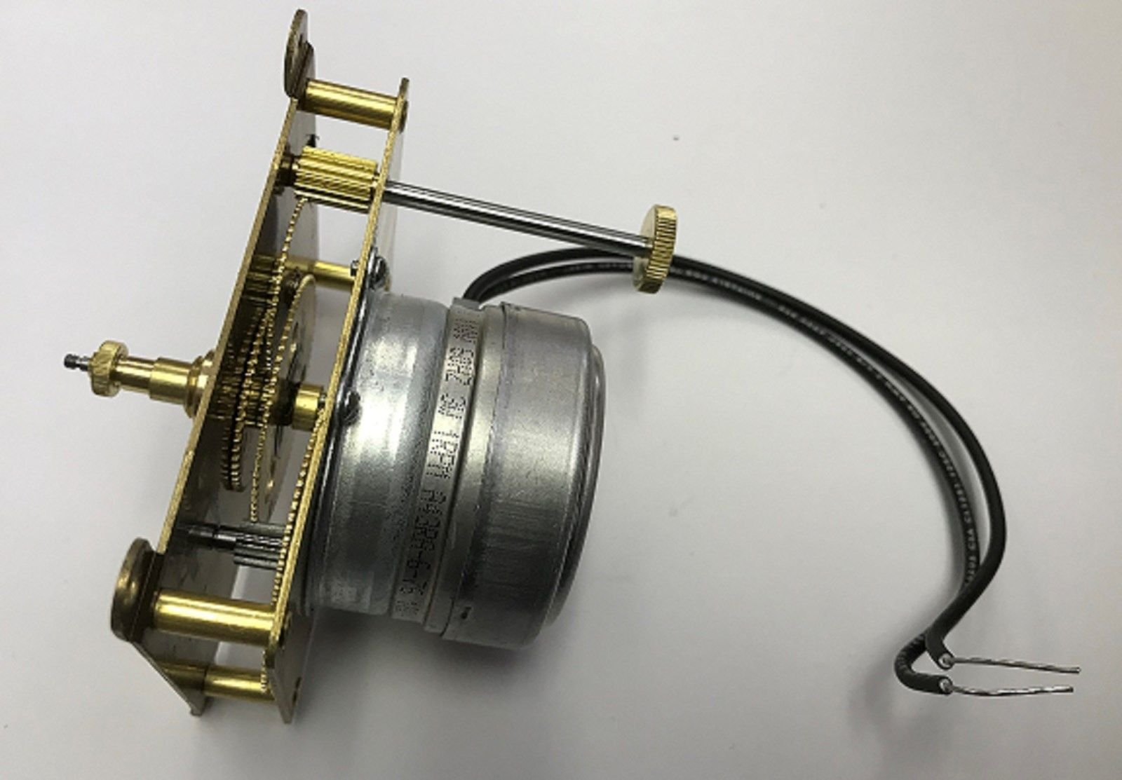 33-217 Hansen Synchron Motor Type ''c'' Electric Movement 1''shaft, Rear Set CM by Hansen (Image #1)