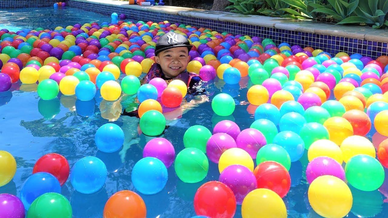 Playz Princess Edition Soft Plastic 200 Play Balls Crush