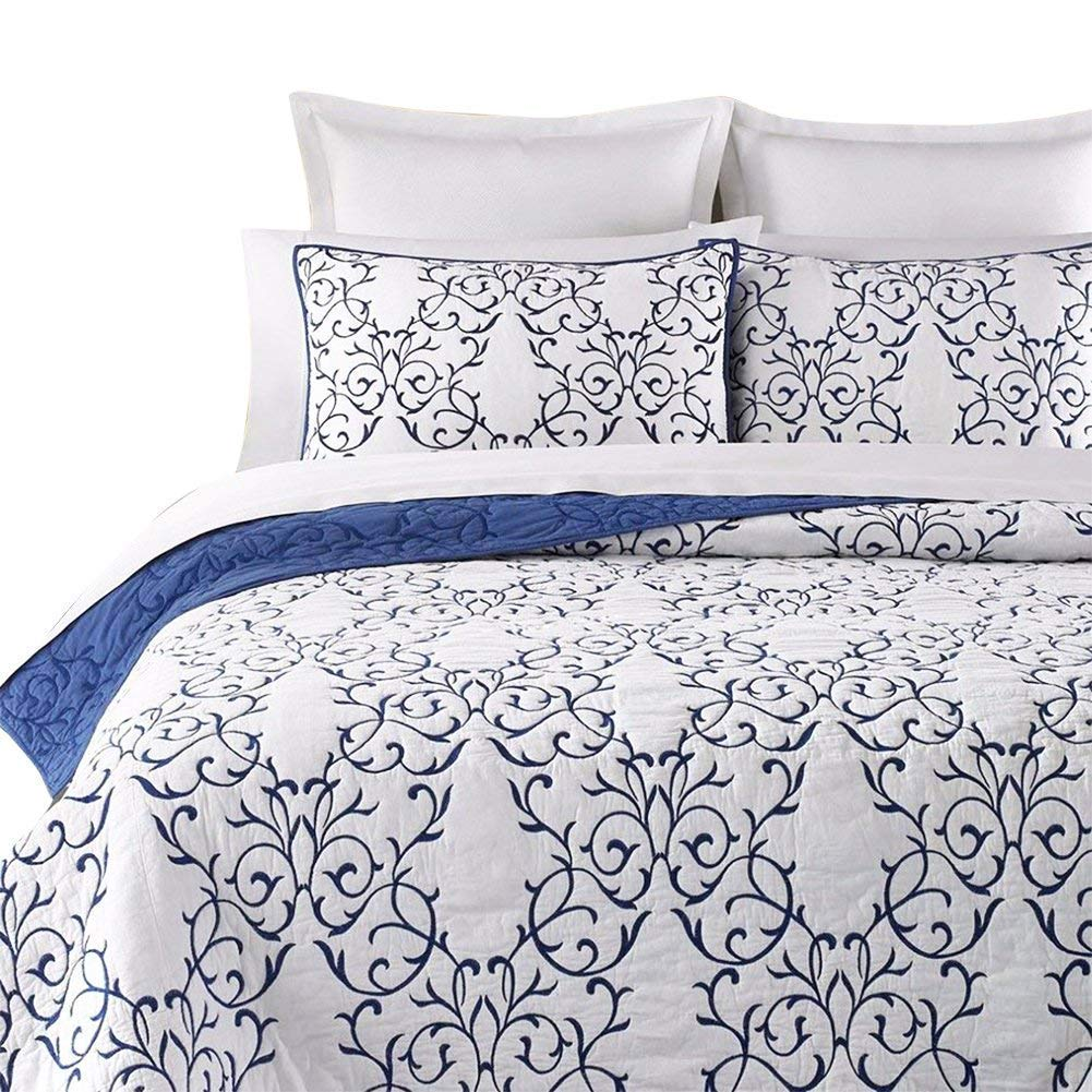 Embroidery Pattern Elegant Quilt Set