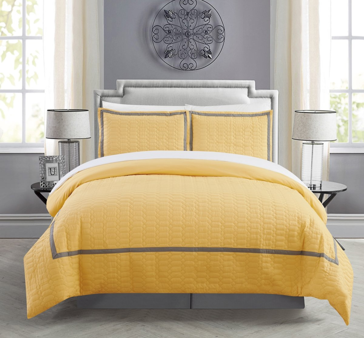 Chic Home Cleofe 3 Piece Duvet Cover Set Hotel Collection Two Tone Banded Print Zipper Closure Bedding - Decorative Pillow Shams Included, Queen Yellow