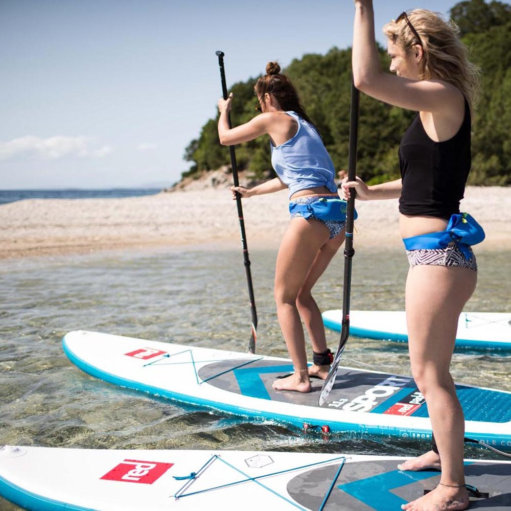 2017 Red Paddle Co 126 Sport Inflatable Stand Up Paddle Board + Bag, Pump, Paddle & LEASH: Amazon.es: Deportes y aire libre