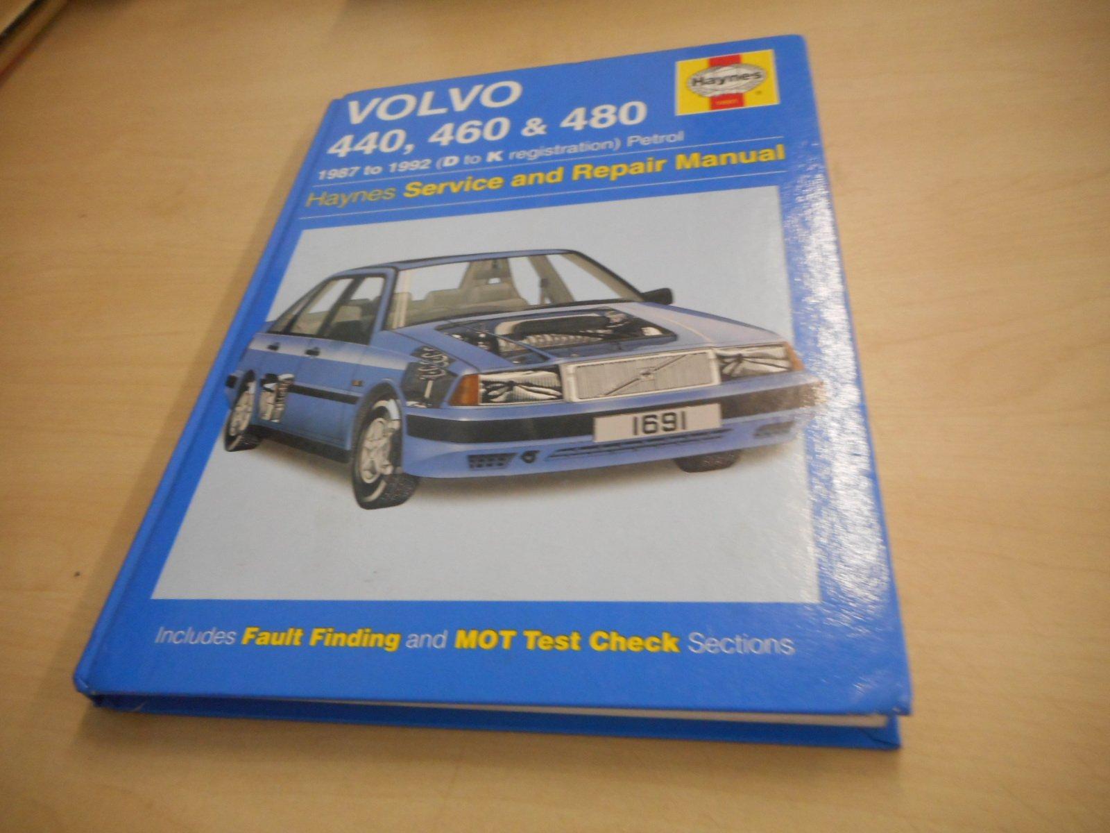 volvo 440 460 and 480 service and repair manual haynes service and rh amazon com Online Repair Manuals Haynes Repair Manuals Mazda