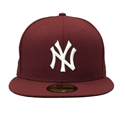 purchase cheap 84283 0ac11 New York Yankees Burgundy New Era 950 MLB Hat Snap Cap NY  Amazon.co.uk   Clothing