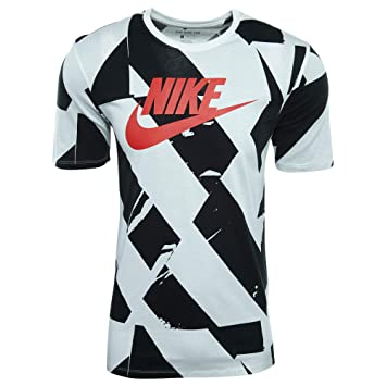 9a6cbeb4aa3d3a Nike Men s Cltr Footwear 4 T-Shirt  Amazon.co.uk  Sports   Outdoors