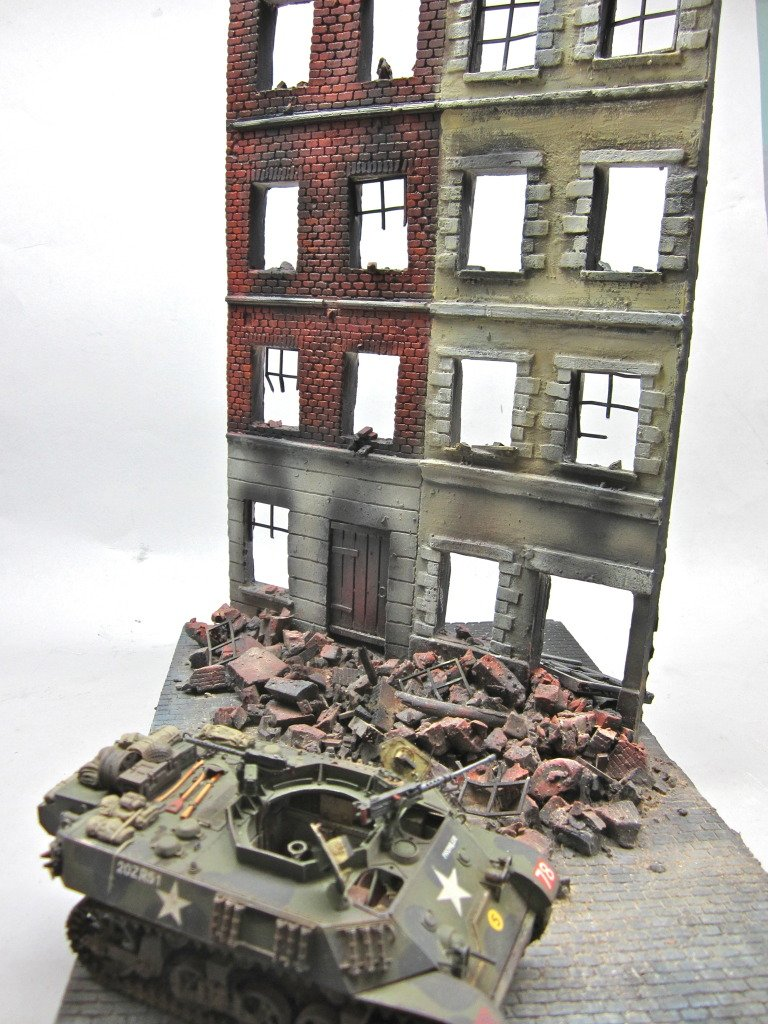 1/35 Scale ~ Low Countries Town House - large 6 story model