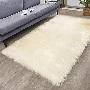 HYSEAS Faux Sheepskin Fur Area Rug Beige, 3x5 Feet Rectangle, Fluffy Soft Fuzzy Plush Shaggy Carpet Throw Rug for Indoor Floor, Sofa, Chair, Bedroom, Living Room, Home Decoration