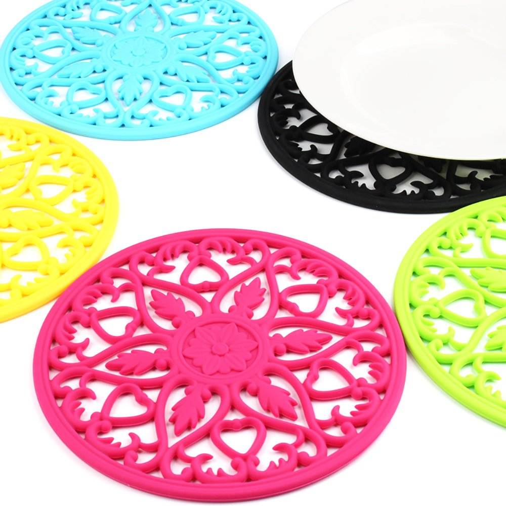 ME.FAN 3 Set Silicone Multi-Use Intricately Carved Trivet Mat - Insulated Flexible Durable Non Slip Coasters (Black) by ME.FAN (Image #6)