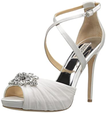 d0ed053986a Amazon.com  Badgley Mischka Women s Sadie Heeled Sandal  Shoes