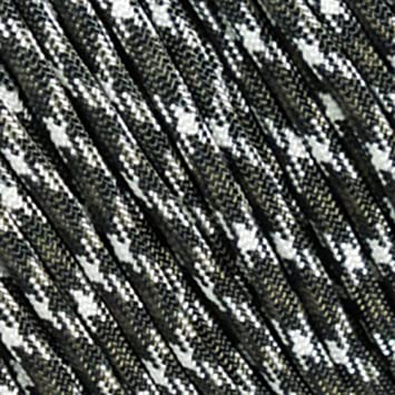 4 hanks assorted black and camo 550 Paracord