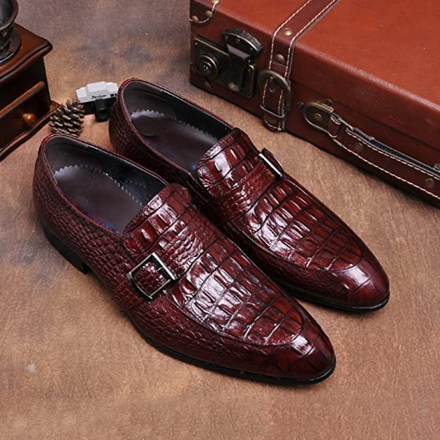 NIUMJ Scarpe da Uomo in Pelle Set di Piedi Appuntito Scarpe di Tendenza  Scarpe Britanniche Scarpe Coreane Modello di Coccodrillo Scarpe Basse  Resistente ... 8778949f452