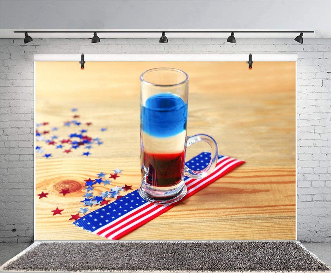 7x5ft Photography Backdrop American Flag on Wooden Table Vinyl Photo Backgrounds Independence Day Layered Cocktail Colors Freedom Peaceful Ceremony Decoration Photo Backdrops