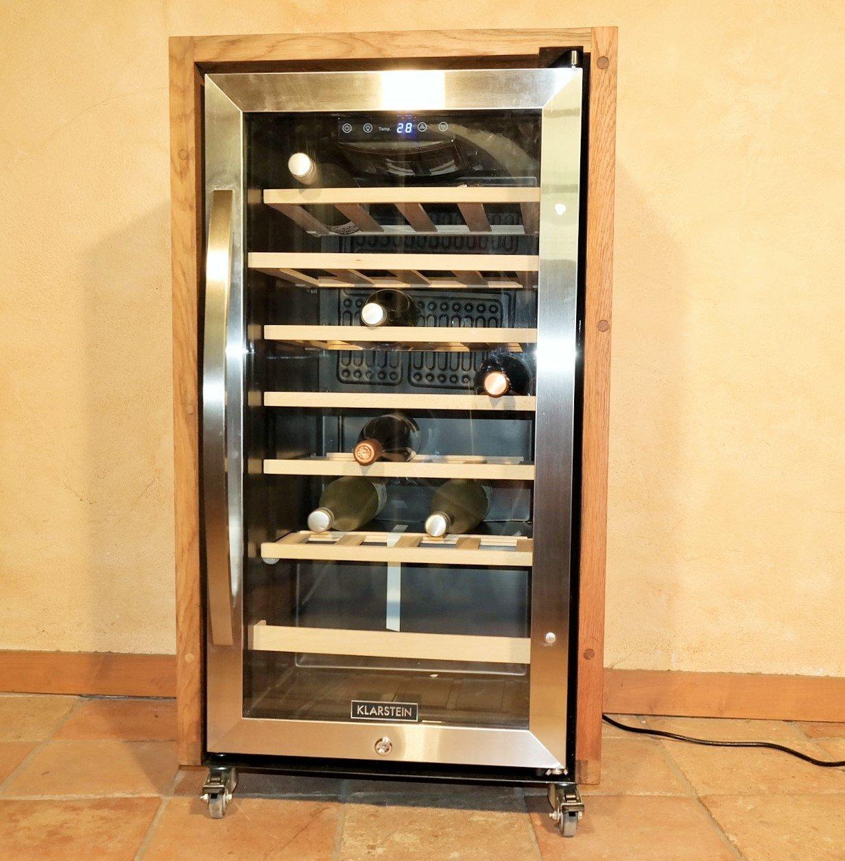 exklusiver 2-Zonen Weinkühlschrank mit Fassholz von alten Weinfässern (Eiche), für 26 Flaschen Einzelstück, extrem leise und rollbar [Energieklasse B] Palatina Werkstatt