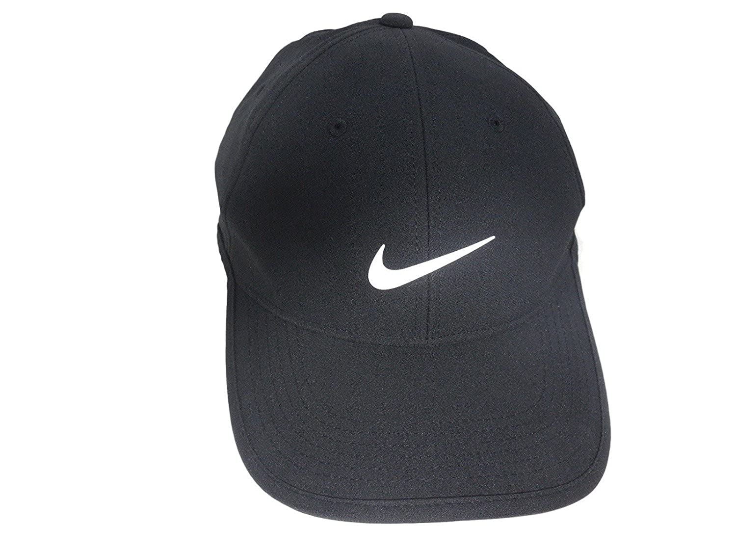c0cbd822a74ca Amazon.com  NIKE Ultralight Golf Cap Pro Tour Dri-Fit Hat (Black White)   Clothing