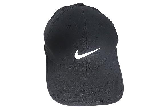f58f2acf701 Amazon.com  NIKE Ultralight Golf Cap Pro Tour Dri-Fit Hat (Black ...