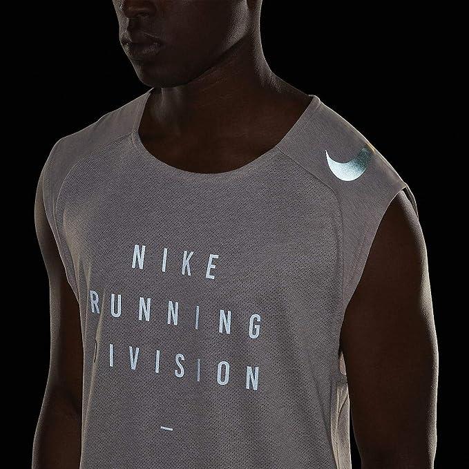 cfb3be2fa80c4 Nike Run Division - Rise 365 Men s Sleeveless Running Top - Medium   Amazon.co.uk  Clothing