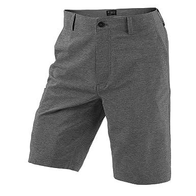 exquisite design big selection of 2019 diversified latest designs Columbia Golf Omni-Wick Knee Knocker Shorts at Amazon Men's ...