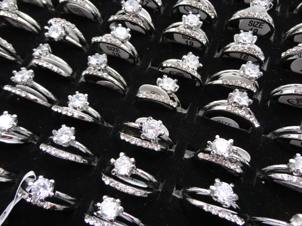 AIHIQI Fashion Wholesale Lots Rhinestone Cz Finger Ring for Mens Womens Gift (10pair (No Box))