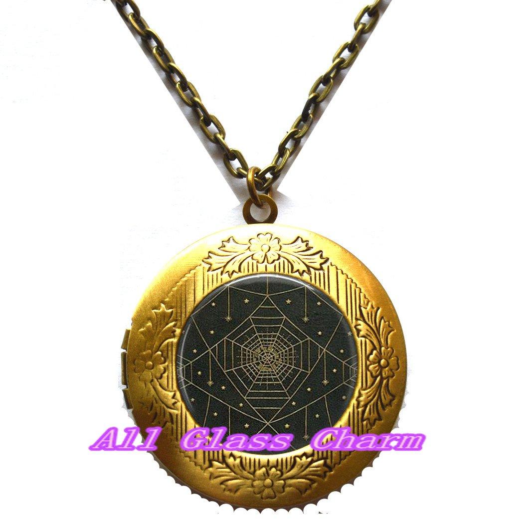 Beautiful Locket Necklace,Spider Web /& Stars Locket Necklace Locket Pendant Spider Web Jewelry,AS0207