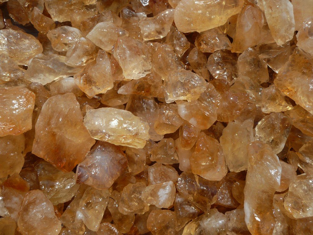 Fantasia Materials: 1 lb Citrine Mine Run Rough from Brazil - Raw Natural Crystals for Cabbing, Cutting, Lapidary, Tumbling, Polishing, Wire Wrapping, Wicca and Reiki Crystal HealingWholesale Lot