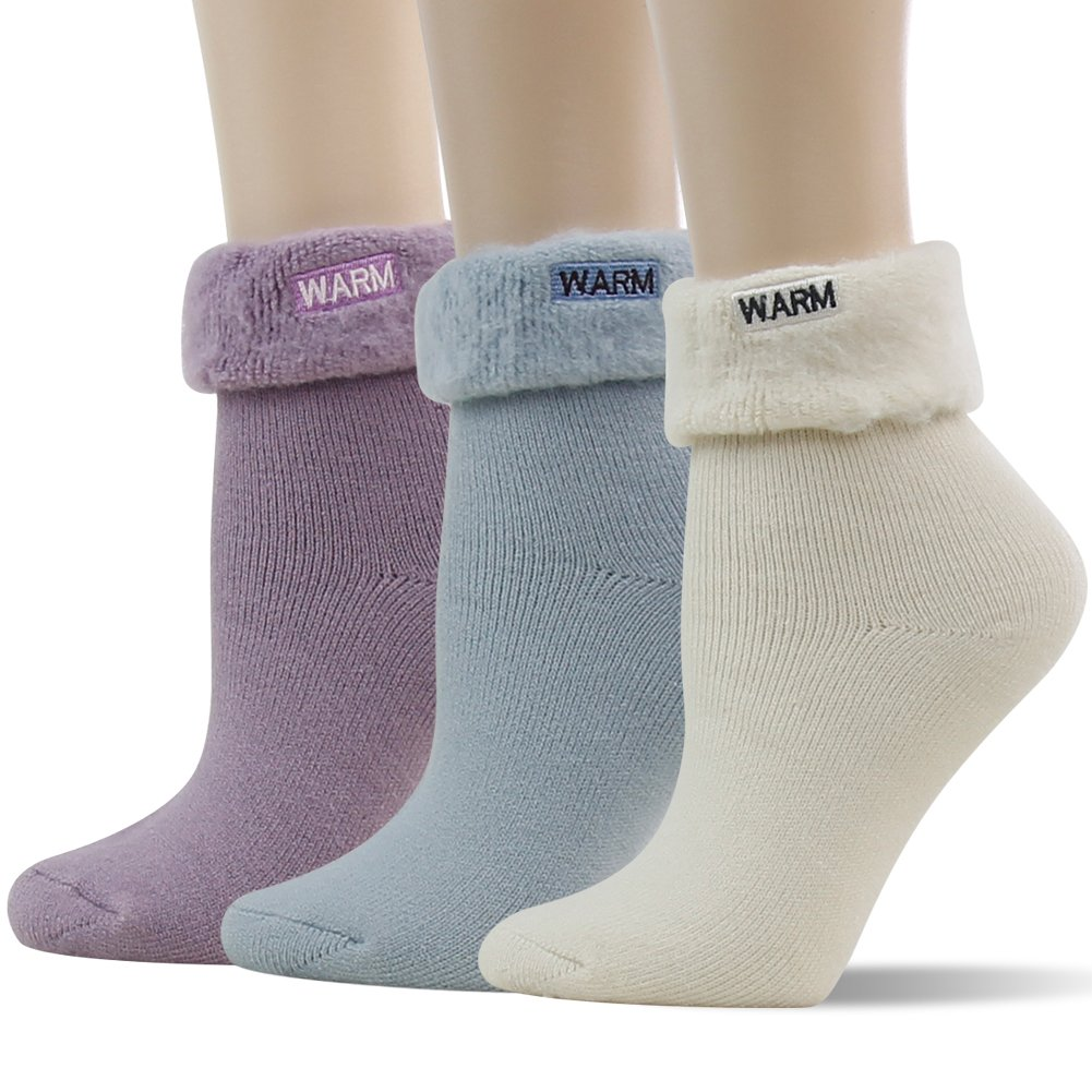 Warm Thermal Socks,SUTTOS Women's Thick Heat Insulated Socks,Warm Winter Crew Socks For Cold Weather 1/3/5 Pairs