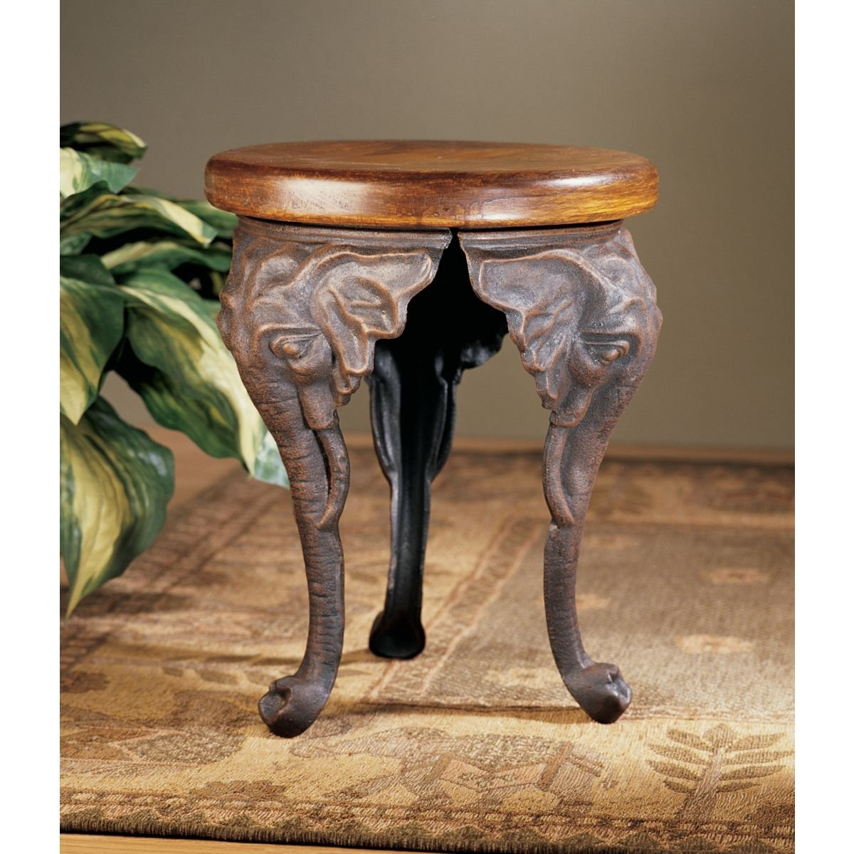 Amazon.com: Design Toscano Three Elephants Of Timbe Sculptural End Table:  Kitchen U0026 Dining