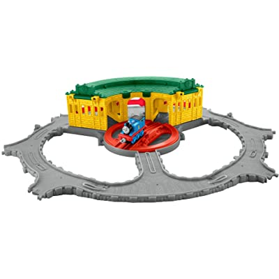 Fisher-Price Thomas The Train Thomas Adventures Tidmouth Sheds Playset: Toys & Games
