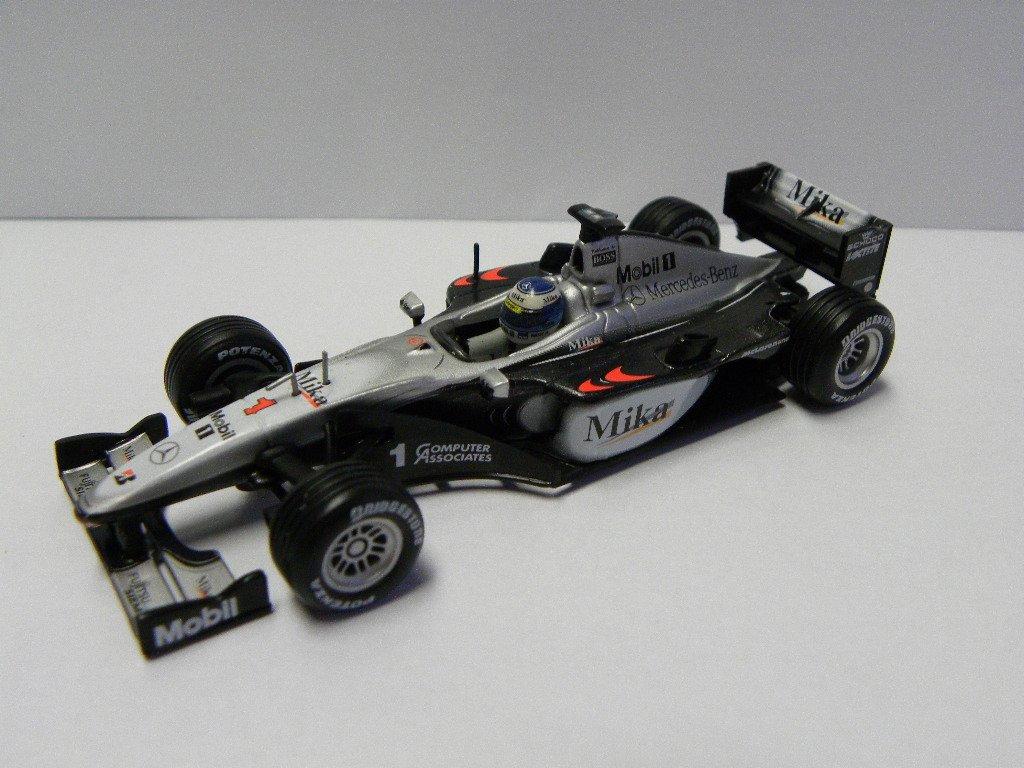 1/43 Scale Hot Wheels 2000 F1 McLaren Mika Hakkinen #1 B002T6DX7A