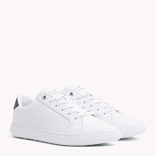 bbeb7a997efc Amazon.com  Tommy Hilfiger Men s Essential Leather Cupsole Trainers ...