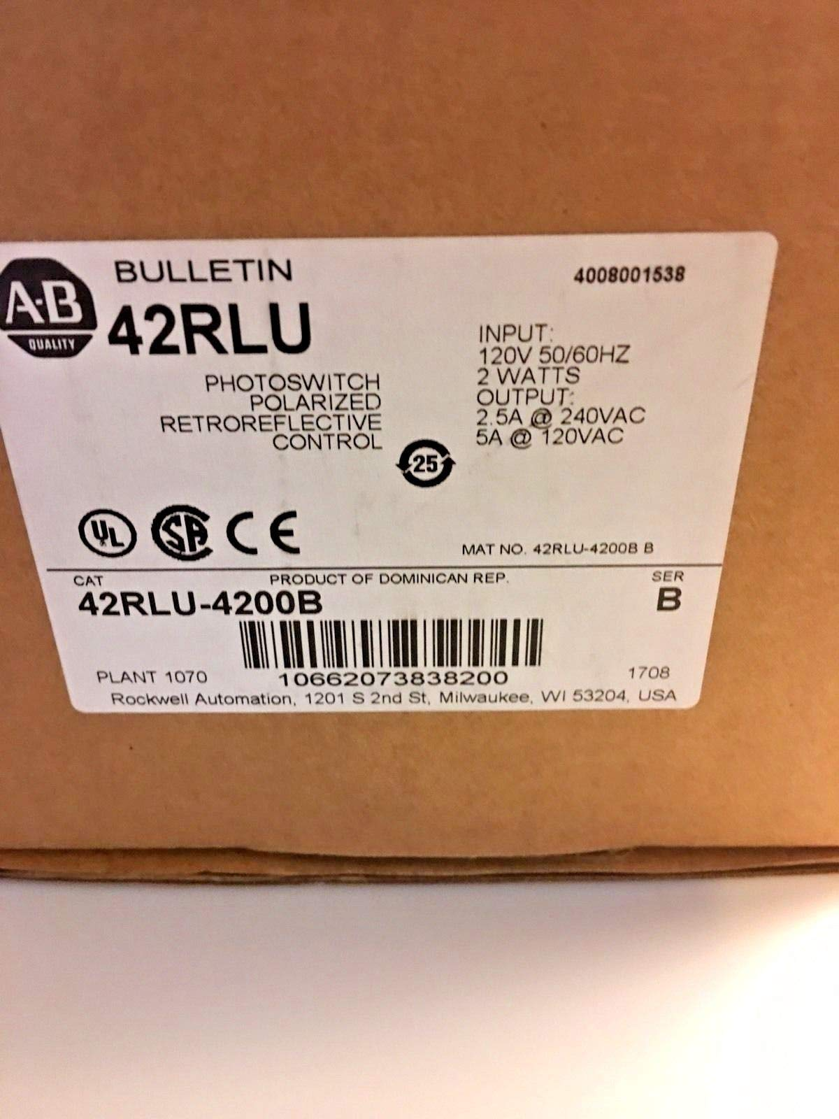 Allen-Bradley 42RLU-4200B Photoelectric Sensor 120VAC In 2W