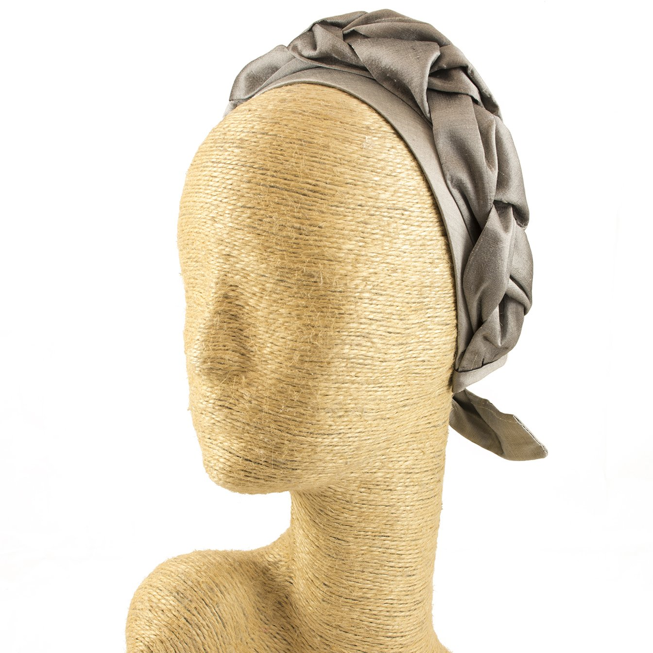 Silk Fascinator, Headdress, Headpiece, Occassion Hats, Royal Hats, Millinery, Worldwide Free Shipment, Delivery in 2 Days, Customized, Designer Fashion, Derby, Hair braid, Head wrap, Boho Chic, Beige
