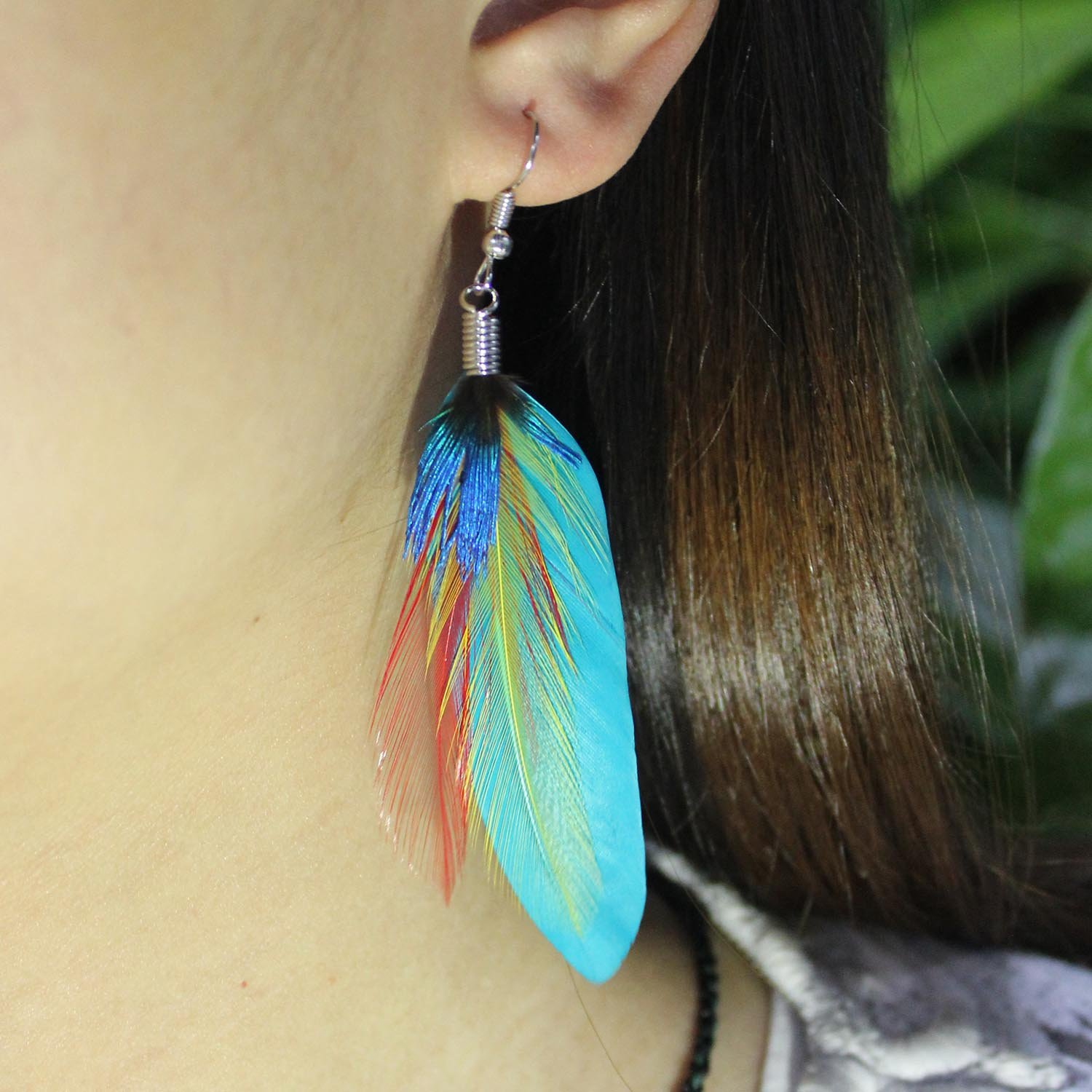 Natural Fashion Feather Theme Earring Boho Handmade Super Light Peacock Feather Danging Earrings for Women Girls Valentines day Mothers day Gift