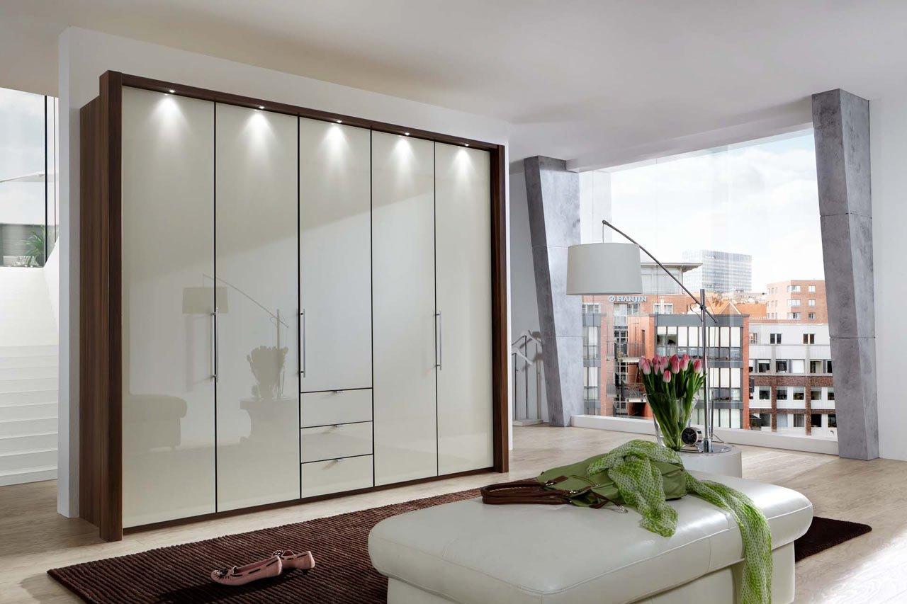 kleiderschrank schlafzimmerschrank w scheschrank dreht renschrank schrank 5 t rig walnuss. Black Bedroom Furniture Sets. Home Design Ideas