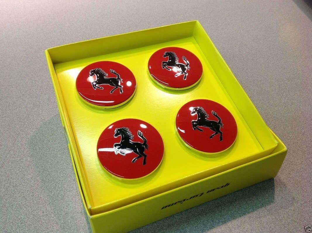 Ferrari 355 360 430 458 488 F12 FF - Juego de tapacubos 70001465,70004868: Amazon.es: Coche y moto
