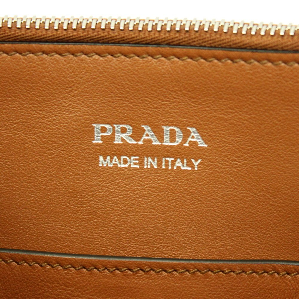 ec33d2f338 Prada Concept brown leather Handbag With Shoulder Strap 1BA175 Cognac+Bianco   Amazon.ca  Clothing   Accessories