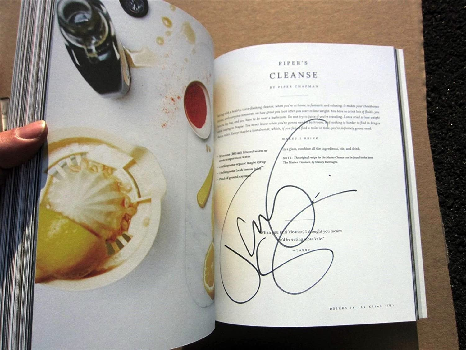 Orange is the New Black signed Cookbook Book Taylor Schilling Uzo Aduba 1st Pr